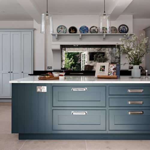 Newbury classic hand-painted kitchen