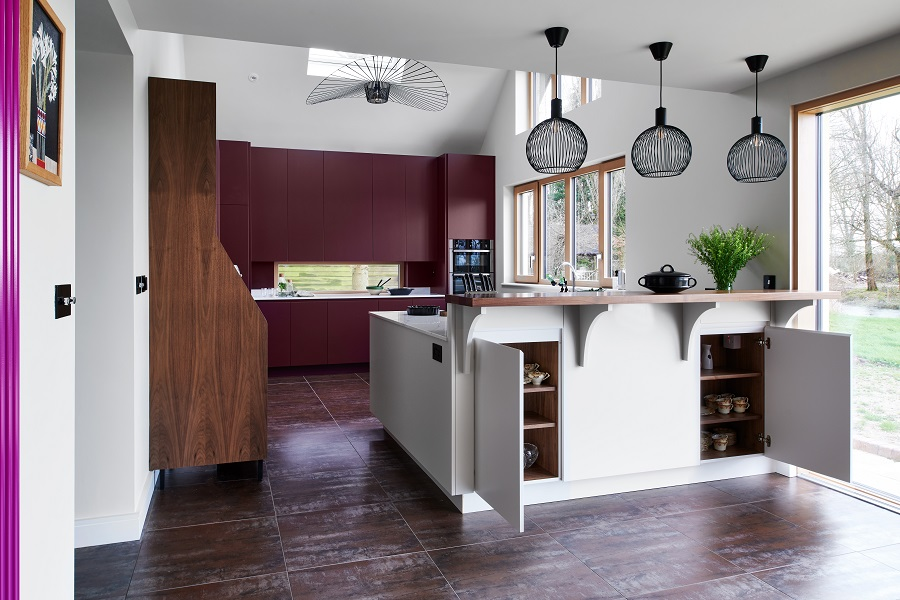 Spray painted handle-less kitchen. Walnut interiors, anti-allergy