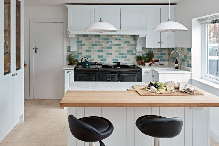 Cheverell kitchen with Aga and Island