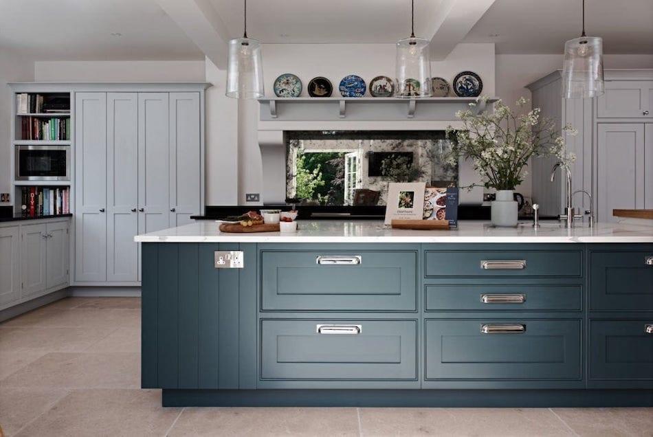 Bespoke kitchen with interior designers JBI